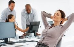 The HR staff is relieved by time-consuming routine tasks
